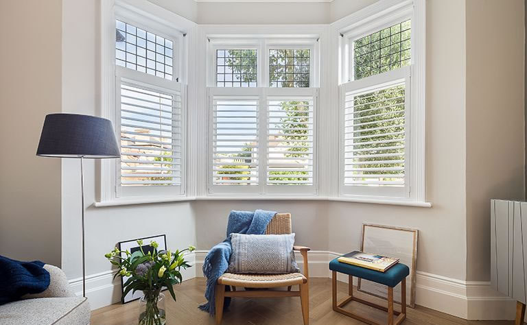 cafe-shutters-for-bay-window