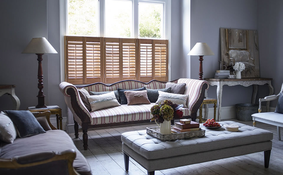 cafe-style-shutters-for-living-room